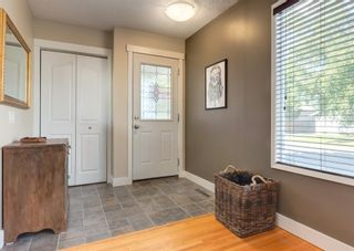 Photo 3: 8519 Ashworth Road SE in Calgary: Acadia Detached for sale : MLS®# A1123835