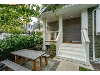 """Photo 5: 5 288 171 Street in Surrey: Pacific Douglas Townhouse for sale in """"Summerfield"""" (South Surrey White Rock)  : MLS®# R2508746"""