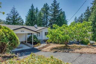 Photo 2: 973 Weaver Pl in Langford: La Walfred House for sale : MLS®# 850635