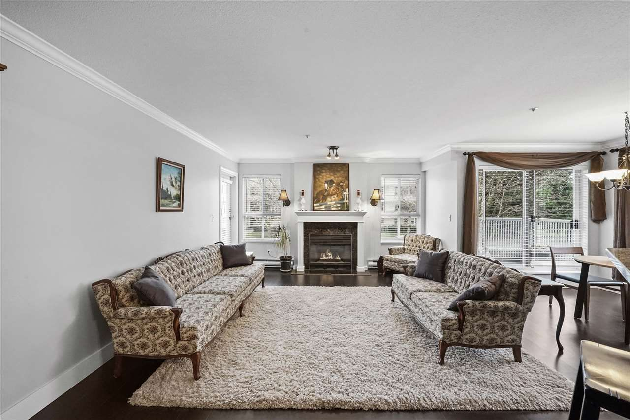 """Main Photo: 203 15272 20 Avenue in Surrey: King George Corridor Condo for sale in """"Windsor Court"""" (South Surrey White Rock)  : MLS®# R2538483"""