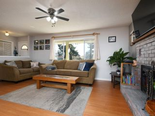 Photo 4: 374 Cotlow Rd in : Co Wishart South House for sale (Colwood)  : MLS®# 871071