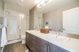 """Photo 35: 71 19477 72A Avenue in Surrey: Clayton Townhouse for sale in """"Sun at 72"""" (Cloverdale)  : MLS®# R2558879"""