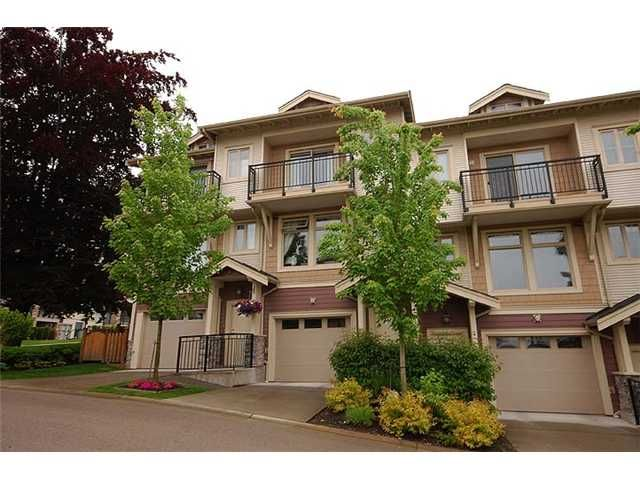 """Main Photo: 2 245 FRANCIS Way in New Westminster: Fraserview NW Townhouse for sale in """"GLENBROOK TOWNHOMES"""" : MLS®# V954116"""