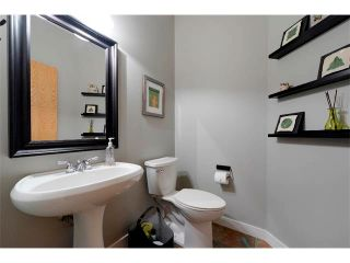Photo 22: 94 SIMCOE Circle SW in Calgary: Signature Parke House for sale : MLS®# C4006481