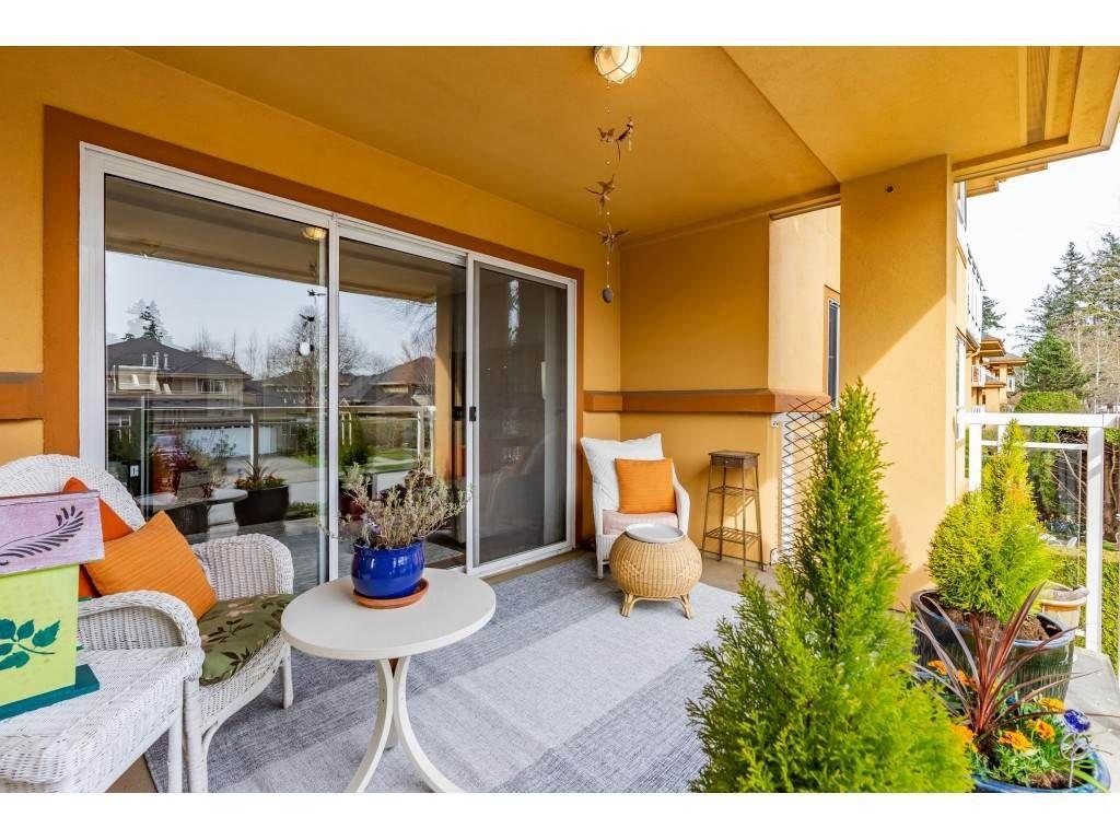 "Main Photo: 211 15155 22 Avenue in Surrey: Sunnyside Park Surrey Condo for sale in ""Villa Pacific"" (South Surrey White Rock)  : MLS®# R2559563"