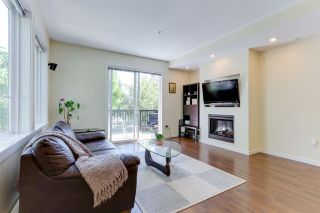 """Photo 2: 110 2418 AVON Place in Port Coquitlam: Riverwood Townhouse for sale in """"LINKS"""" : MLS®# R2583576"""