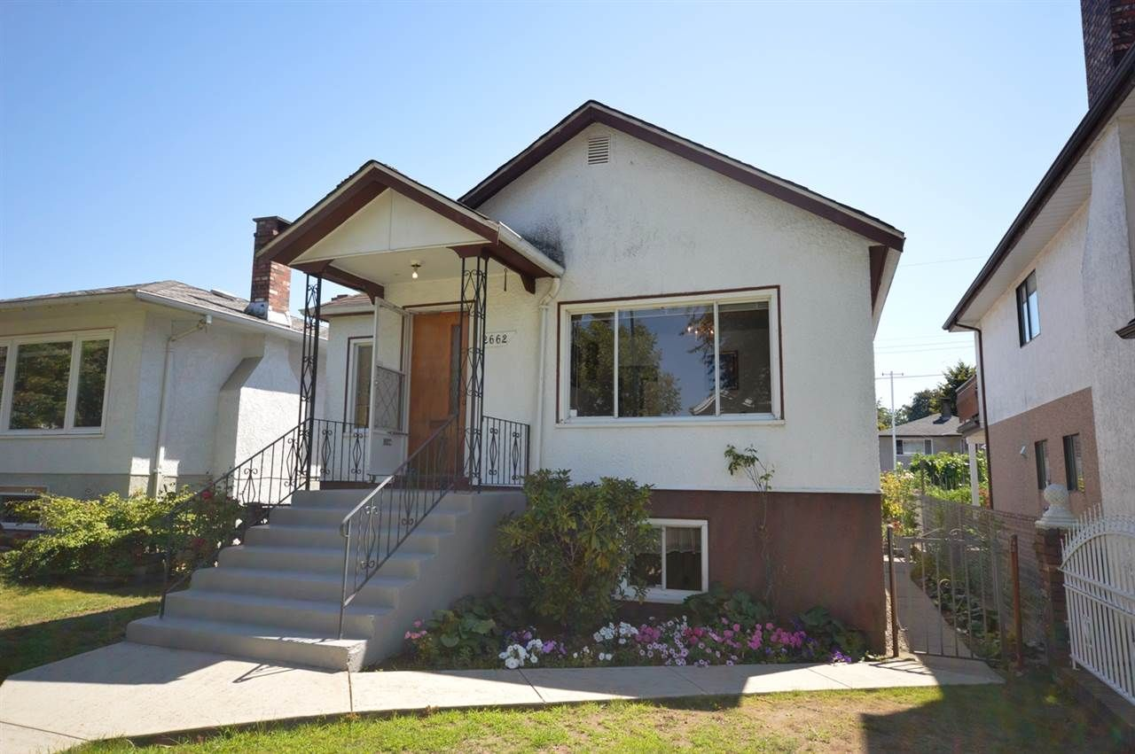 Main Photo: 2662 VENABLES Street in Vancouver: Renfrew VE House for sale (Vancouver East)  : MLS®# R2095835