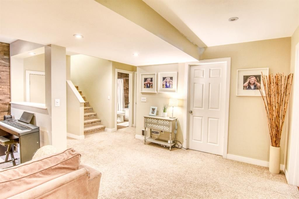 Photo 18: Photos: 66 Bridlerange Circle SW in Calgary: Bridlewood Detached for sale : MLS®# A1099758