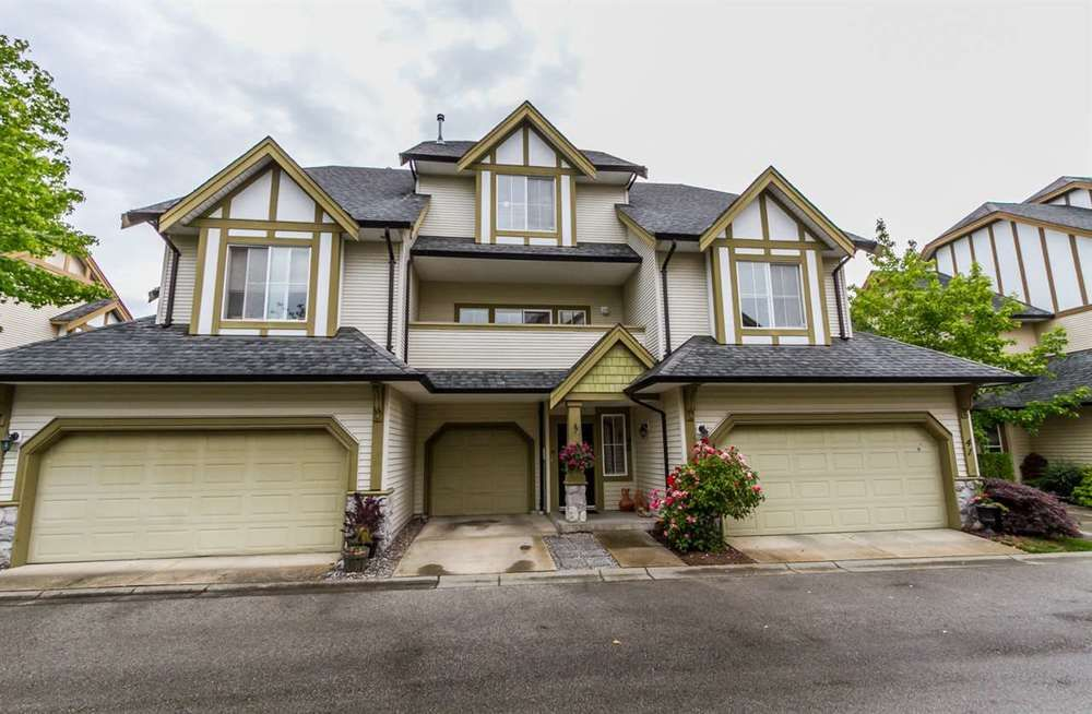 Main Photo: 40 18707 65 AVENUE in Surrey: Cloverdale BC Home for sale ()  : MLS®# R2079586
