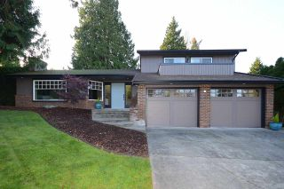 Photo 2: 25 PARKGROVE CRESCENT in Tsawwassen: Tsawwassen East House for sale ()  : MLS®# R2014418