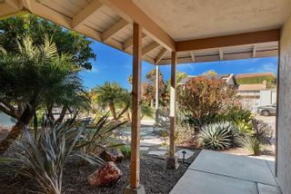 Photo 2: UNIVERSITY CITY House for sale : 4 bedrooms : 3985 Calgary Avenue in San Diego