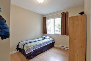 Photo 11: 6166 W GREENSIDE DRIVE in Surrey: Cloverdale BC Townhouse for sale (Cloverdale)  : MLS®# R2193459