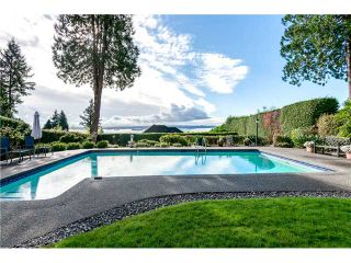 Photo 1: 3250 Westmount Rd in West Vancouver: Westmount WV House for sale : MLS®# V1091500