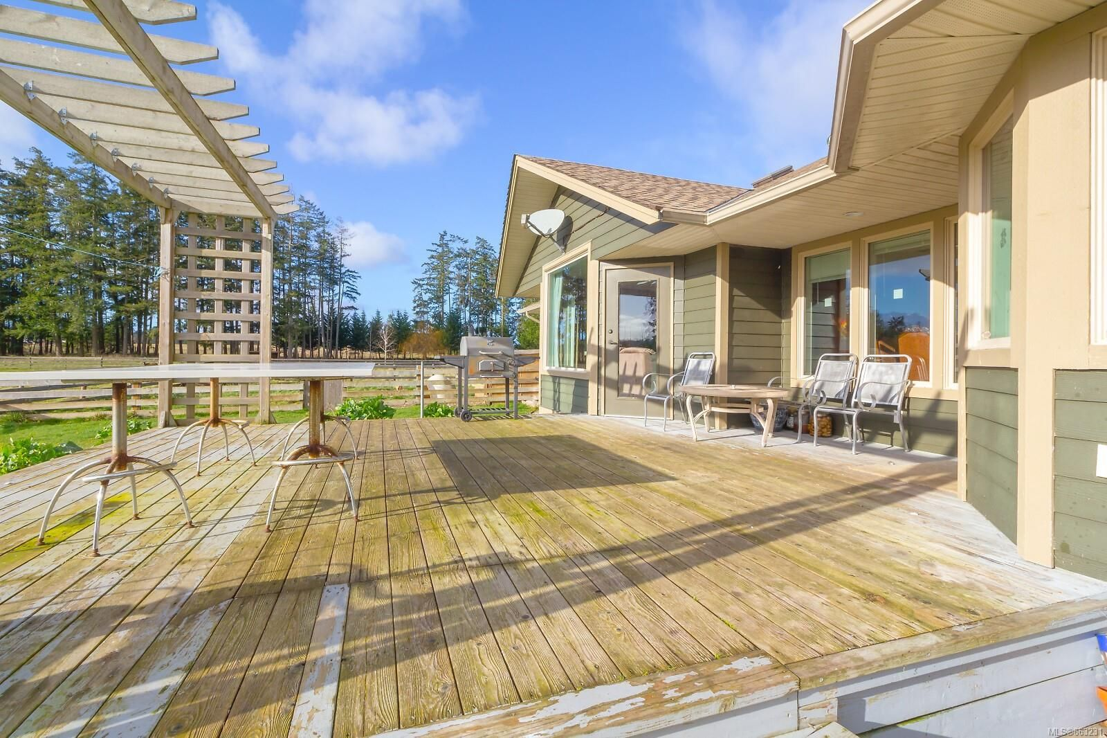 Photo 19: Photos: 1230 Hodges Rd in : PQ French Creek House for sale (Parksville/Qualicum)  : MLS®# 863231