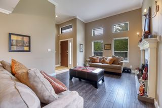 Photo 8: 8377 158 Street in Surrey: Fleetwood Tynehead House for sale