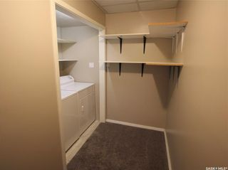 Photo 38: 108 Delaronde Road in Saskatoon: Lakeview SA Residential for sale : MLS®# SK871591