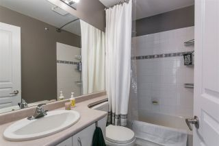 """Photo 11: 46 2728 CHANDLERY Place in Vancouver: Fraserview VE Townhouse for sale in """"RIVERSIDE GARDENS"""" (Vancouver East)  : MLS®# R2243522"""