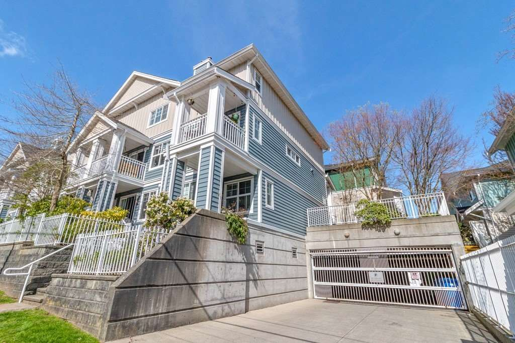 """Main Photo: 18 123 SEVENTH Street in New Westminster: Uptown NW Townhouse for sale in """"ROYAL CITY TERRACE"""" : MLS®# R2563146"""
