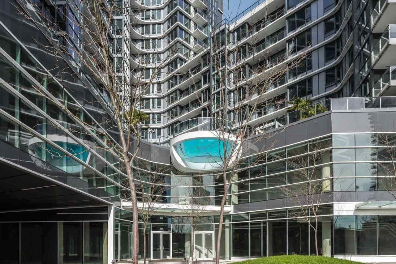 """Main Photo: 1502 68 SMITHE Street in Vancouver: Downtown VW Condo for sale in """"ONE PACIFIC"""" (Vancouver West)  : MLS®# R2550414"""