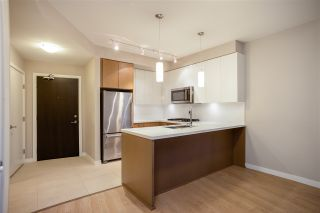 "Photo 4: 303 20 E ROYAL Avenue in New Westminster: Fraserview NW Condo for sale in ""THE LOOKOUT - VICTORIA HILL"" : MLS®# R2334251"