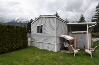 Photo 3: 5 62010 FLOOD HOPE Road in Hope: Hope Center Manufactured Home for sale : MLS®# R2551345
