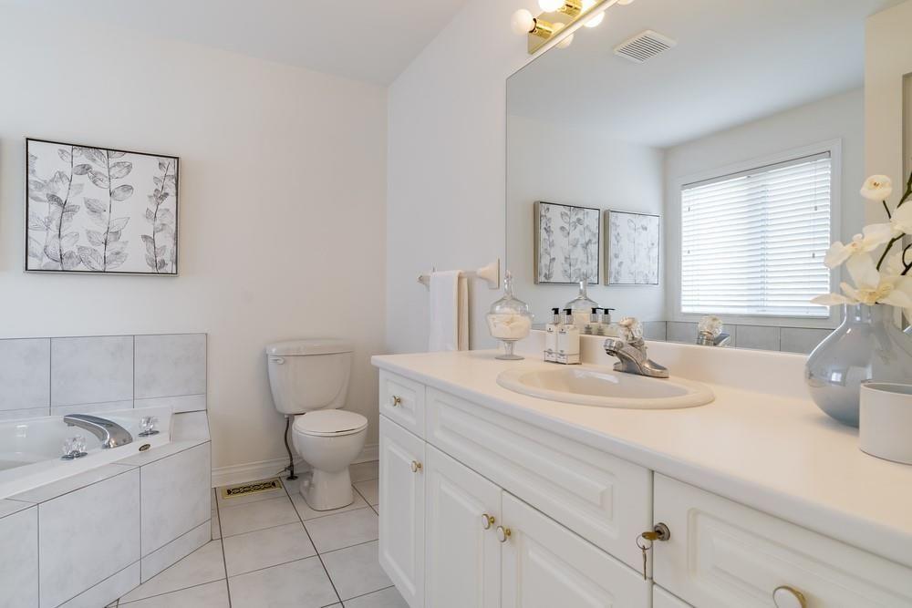 Photo 22: Photos: 1105 Westhaven Drive in Burlington: Residential for sale : MLS®# H4105053