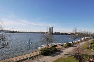 "Photo 19: 303 12 K DE K Court in New Westminster: Quay Condo for sale in ""DOCKSIDE"" : MLS®# R2135403"