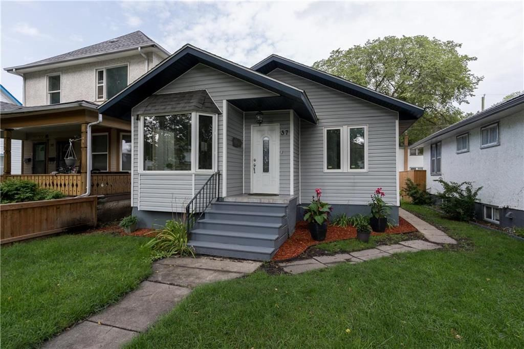 Main Photo: 37 Polson Avenue in Winnipeg: Scotia Heights Residential for sale (4D)  : MLS®# 202121269