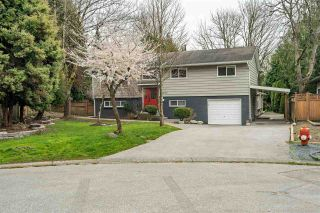 Photo 1: 5802 ANGUS Place in Surrey: Cloverdale BC House for sale (Cloverdale)  : MLS®# R2559816