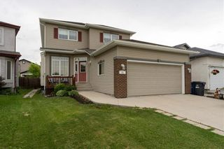 Photo 1: 11 Captains Way in Winnipeg: Island Lakes Residential for sale (2J)  : MLS®# 202013913