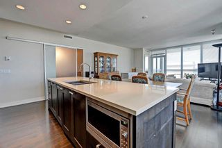 Photo 11: 1823 222 RIVERFRONT Avenue SW in Calgary: Downtown Commercial Core Condo for sale : MLS®# C4125910