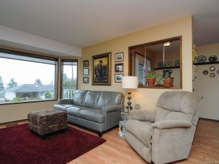 Photo 6: 5629 3rd St in UNION BAY: CV Union Bay/Fanny Bay House for sale (Comox Valley)  : MLS®# 718182