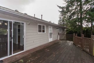 """Photo 15: 5811 ANGUS Place in Surrey: Cloverdale BC House for sale in """"Jersey Hills"""" (Cloverdale)  : MLS®# R2326051"""