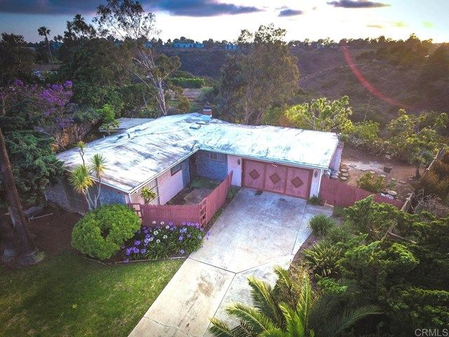 Main Photo: House for sale : 3 bedrooms : 3262 Via Bartolo in San Diego