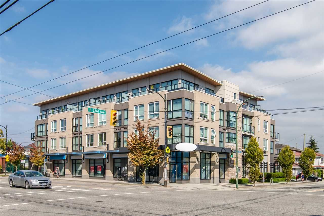 """Main Photo: 203 215 E 33RD Avenue in Vancouver: Main Condo for sale in """"33 & Main"""" (Vancouver East)  : MLS®# R2506740"""
