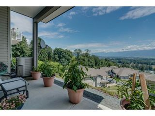 """Photo 20: 93 8590 SUNRISE Drive in Chilliwack: Chilliwack Mountain Townhouse for sale in """"MAPLE HILLS"""" : MLS®# R2284999"""