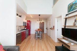 Photo 6: 405 2250 COMMERCIAL Drive in Vancouver: Grandview VE Condo for sale (Vancouver East)  : MLS®# R2115074