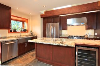 Photo 5: 402 E 5TH Street in North Vancouver: Lower Lonsdale House for sale : MLS®# V978336