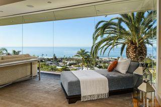 Photo 7: House for sale : 6 bedrooms : 2506 Ruette Nicole in La Jolla