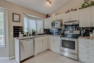 Photo 15: 871 Riverbend Drive SE in Calgary: Riverbend Detached for sale : MLS®# A1151442