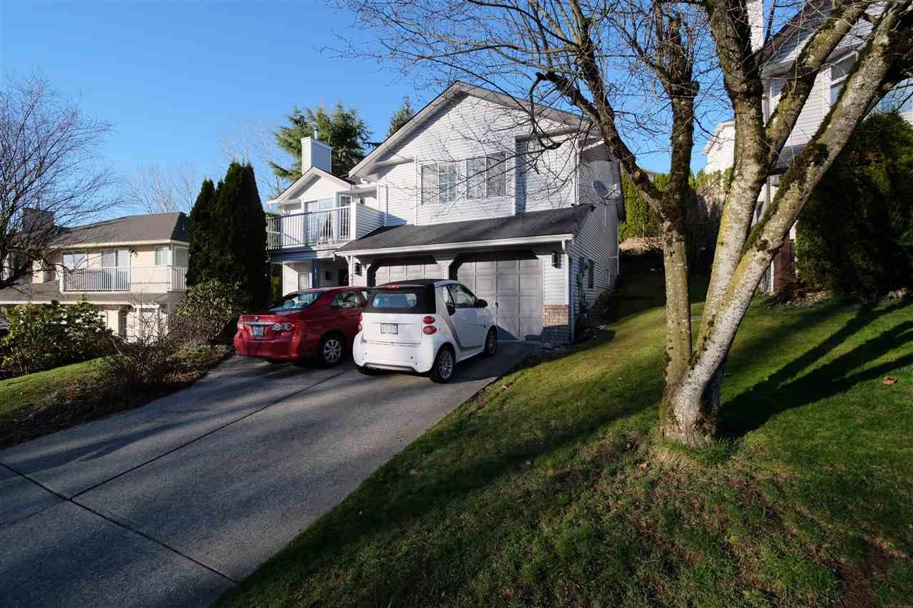 """Main Photo: 35331 SANDY HILL Road in Abbotsford: Abbotsford East House for sale in """"SANDY HILL"""" : MLS®# R2145688"""