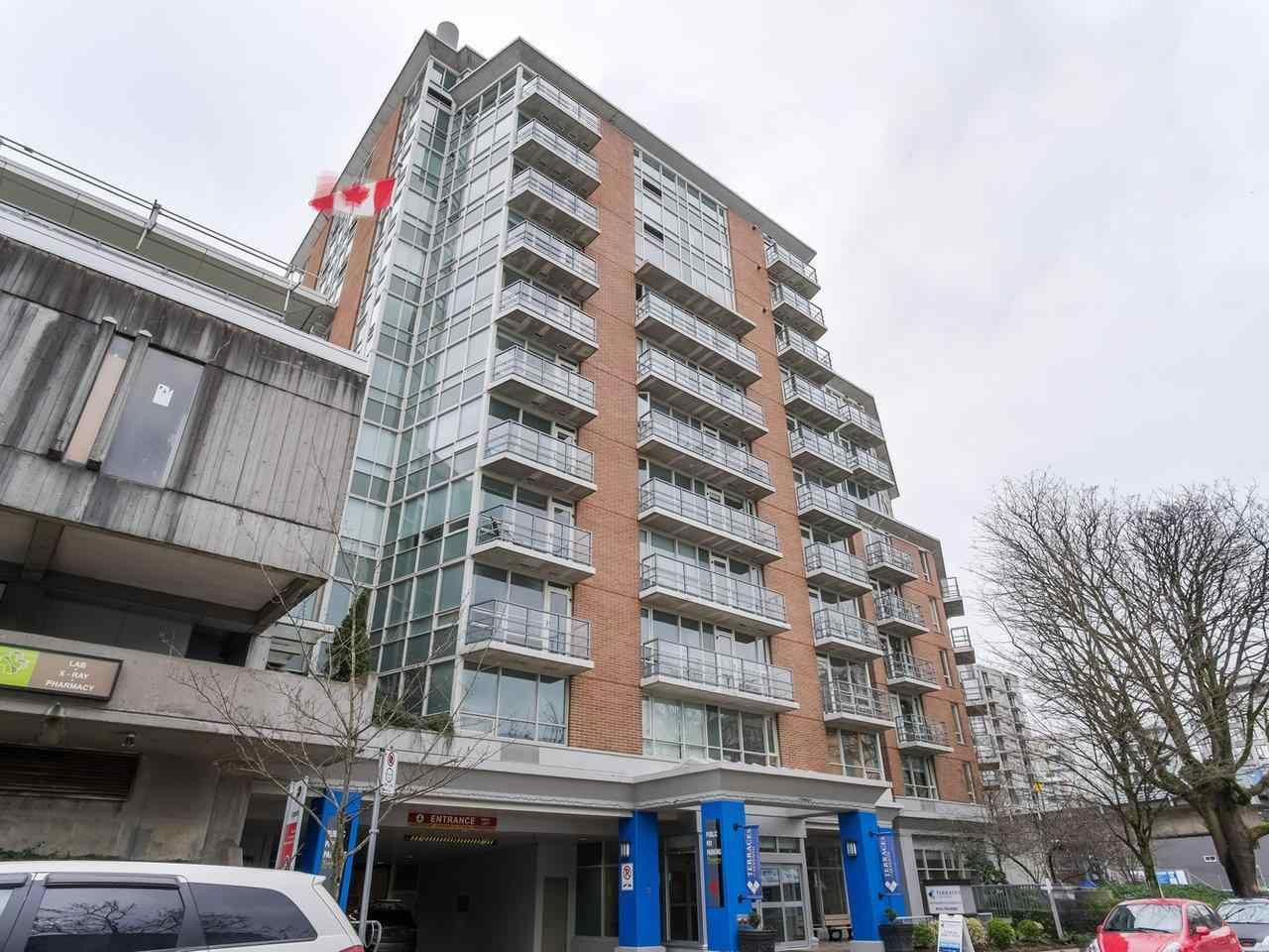"""Main Photo: 900 1570 W 7TH Avenue in Vancouver: Fairview VW Condo for sale in """"Terraces on 7th"""" (Vancouver West)  : MLS®# R2588372"""