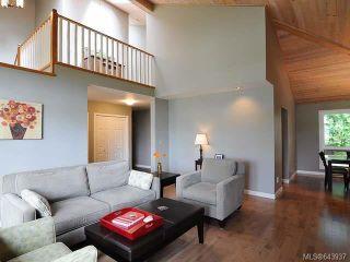 Photo 4: 860 Kelsey Crt in COMOX: CV Comox (Town of) House for sale (Comox Valley)  : MLS®# 643937