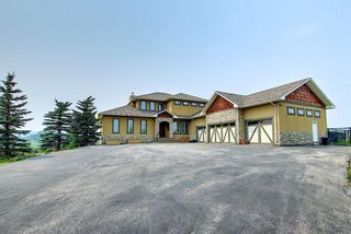 Photo 2: 270075 Horse Creek Road in Rural Rocky View County: Rural Rocky View MD Detached for sale : MLS®# A1131836