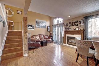 Photo 3: 2 41 GLENBROOK Crescent: Cochrane Row/Townhouse for sale : MLS®# C4293431