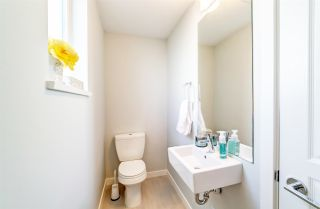 """Photo 6: 89 8138 204 Street in Langley: Willoughby Heights Townhouse for sale in """"Ashbury and Oak by Polygon"""" : MLS®# R2434311"""