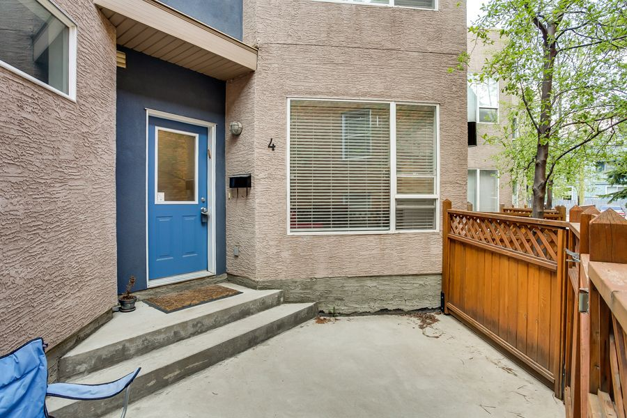 Main Photo: 2040 35 Avenue SW in Calgary: Town House for sale : MLS®# C3617134