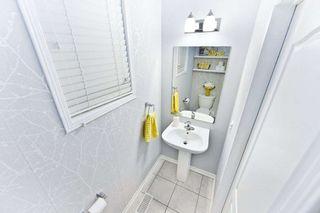 Photo 8: 18 Sussexvale Drive in Brampton: Sandringham-Wellington House (2 1/2 Storey) for sale : MLS®# W4779171