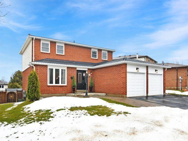 Photo 2: Photos: 234 Kensington Place: Orangeville House (2-Storey) for sale : MLS®# W4034442