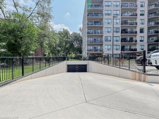 Photo 3: 712 1200 W COMMISSIONERS Road in London: South B Residential for sale (South)  : MLS®# 40158415
